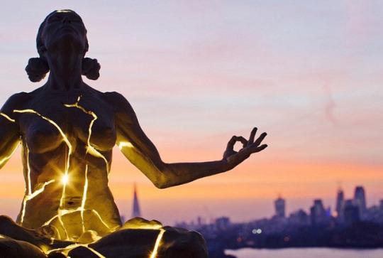 Създаване на човешка мрежа от светлина (от Сандра Ингерман)